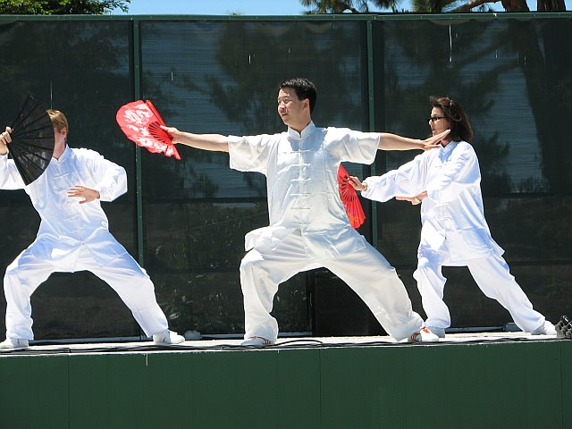 Students of California Kung Fu Tai Chi Institute performaing Tai Chi Fan
