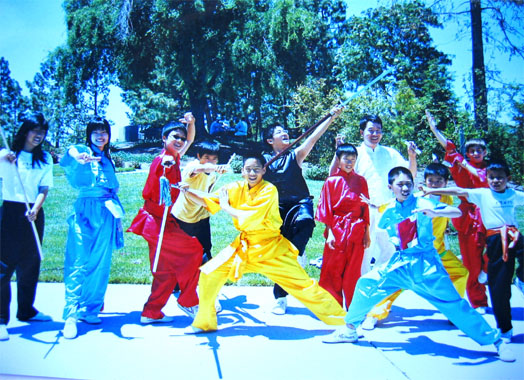 Students of California Kung Fu Tai Chi Institute performaing in the 2006 Foster City Art and Wine Festival